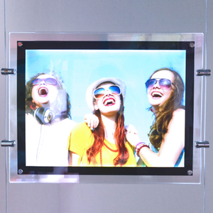 Hang Acrylic Light Box E04B3-1